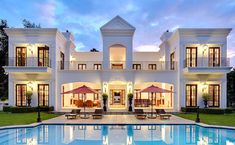Who can argue that this home is less than perfect.... The symmetry is wonderful for OCD people like me!