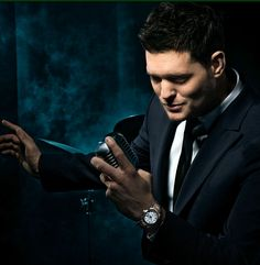 Didn't you know me and Michael buble are in love? He doesnt know it but I do lol. I've been a fan for about and our musical affair will continue to grow, thanks for being soo amazing Mr. Everything Buble, Love Michael Buble, Beautiful Men, Beautiful People, Sing To Me, Entertainment, Raining Men, Celebs, Celebrities