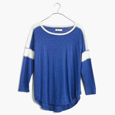 Inspired by a vintage football jersey with perfectly placed stripes, our designers crafted this drapey, air-light linen tee. The result is a sporty piece in that not-for-the-gym kind of way. <ul><li>Drapey fit.</li><li>Linen.</li><li>Hand wash.</li><li>Import.</li></ul>
