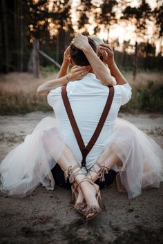 Wedding Picture Poses, Wedding Poses, Wedding Shoot, Wedding Pictures, Dream Wedding, Engagement Couple, Engagement Pictures, Rauch Fotografie, Couple Photography Poses