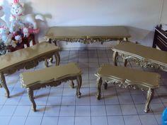 mesa madeira pura, entalhada a mão.