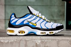 NIKE AIR MAX PLUS INVERTED OG PACK | Sneaker Freaker