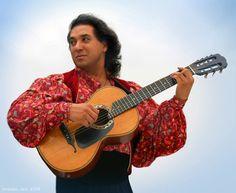 A Gypsy man with a guitar, Pyotr Yanyshev