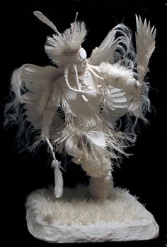 Allen and Patty Eckman – Plains Dancer It is hard for me to realize that this is made from paper. Outstanding!!!