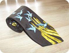 Vintage 70s Unique Seagull & Driftwood Art Print Mens Necktie Wide Neck Tie Brown/ Yellow/ Blue