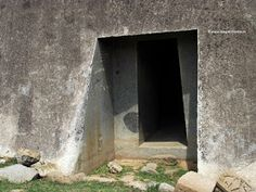 Megaliths in India: THE AMAZING ROCK-CUT CAVES OF BARABAR AND NAGARJUNA HILLS.