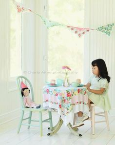 love the vintage hankie bunting and tablecloth