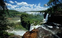 Iguazu Falls, no maps, satellite or virtual reality can never replace the physicality of such a place. Virtual Tour, Virtual Reality, 7 Natural Wonders, Iguazu Falls, Lake District, Patagonia, Discovery, Maps, Photo Galleries