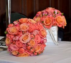 Wedding bouquets with coral flowers.