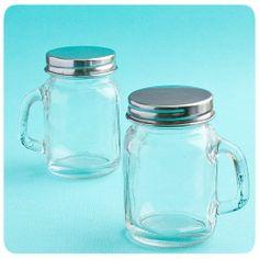 DIY Plain Glass Mason Jars with Handles Mason Jars With Handles, Mini Mason Jars, Mason Jar Wedding Favors, Wedding Favours, Wedding Ideas, Party Favors, Wedding Stuff, Wedding Candy, Wedding Vows