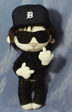 Norman Reedus Doll http://speakgeekandenter.tumblr.com/post/56314860375/so-this-happened-i-made-a-thing-that-isnt-a