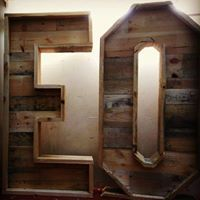 Letras de madera gigantes .Para bodas , fotos , decorar......hechas por elpuntoylai.es