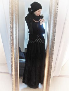 shortcuttothestars dark mori.    This is cute!              I would absolutely wear it!
