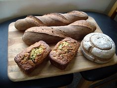 10 Minute Banana Bread | The Fresh Loaf  10 minute prep, but very yummy