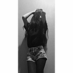 Teenage Girl Photography, Girl Photography Poses, Tumblr Photography, Girl Photo Shoots, Girl Photo Poses, Poses For Pictures, Girly Pictures, Chicas Dpz, Stylish Photo Pose