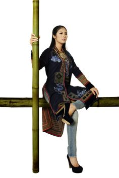 Minh Hanh. Vietnamese Fashion Designer. Italy & Vietnam 2011. Photo: Bui Viet Anh. Model: Ngoc Han