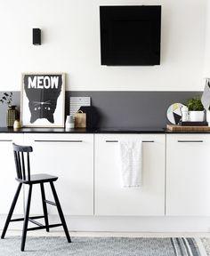koekken-indretning-maling-graa-detalje-farver