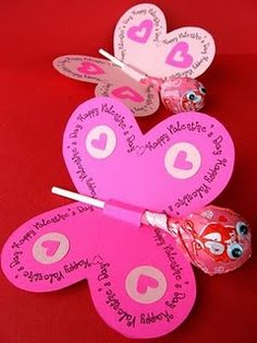 homemade sucker valentines. These would be great for my child's class.