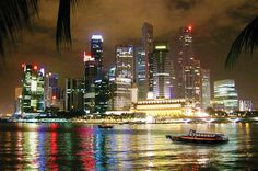 Singapore Night Tour: Gardens By the Bay, Marina Bay Sands SkyPark and River Cruise 2017