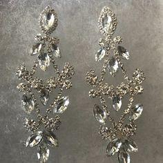 Items similar to Bridal Chandelier Earrings, Crystal Chandelier Earrings, CZ Bridal Earrings, Victorian Drop Earrings, Prom Earrings on Etsy Bridesmaid Bracelet, Bridal Bracelet, Bridal Necklace, Necklace Set, Handmade Bridal Jewellery, Gold Bridal Earrings, Prom Earrings, Vintage Inspiriert, Wedding Jewelry Sets