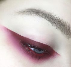I don't think I could pull this off, but it looks SO COOL
