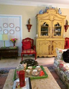 SCRIBBLER UNFOCUSED: THE WINTER LIVING ROOM and some idle thoughts
