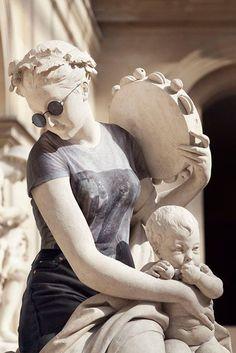 "Slideshow: Léo Caillard's ""Hipster in Stone""   BLOUIN ARTINFO"