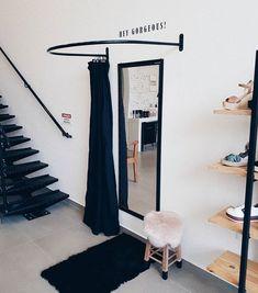 Bridal Boutique Interior, Boutique Decor, Boutique Design, Boutique Store Displays, Dressing Room Decor, Sewing Room Design, Fashion Showroom, Retail Store Design, Store Interiors