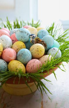 Pretty Easter Egg Nest Centerpiece