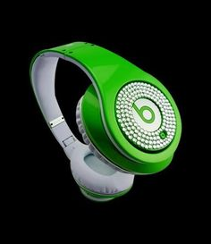 Monster Headphones Beats By Dr Dre Studio Ruby Color Green With White Diamond Monster Headphones, Dre Headphones, Over Ear Headphones, Beats By Dre, My Favorite Color, Coquet, Green, Studio, Envy