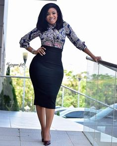 How to Look Classic Like Serwaa Amihere – 30 Outfits – Africavarsities Classy Work Outfits, 30 Outfits, Office Outfits Women, Classy Dress, Fashion Outfits, Dress Outfits, Outfit Work, Style Fashion, Curvy Fashion