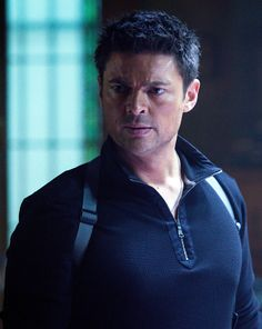 Almost Human - Season 1 | Episode 2 [[And to think these people got nearly the same idea of my novel and cast the same lead actor I had in mind!]]