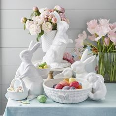 Shop Easter decor and fill your house with spring at Williams-Sonoma. Discover our Easter wreaths and spring wreaths for the perfect front door accent. Easter Bunny, Easter Eggs, Bunny Love, Easter Table Decorations, Easter Decor, Easter Table Settings, Easter Gift Baskets, Easter Basket Ideas, Williams Sonoma