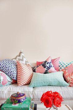 ideas-deco-como-combinar-cojines-color-pastel