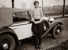 theredshoes:Marianne Breslauer, Annemarie Schwarzenbach and her Mercedes, Berlin 1932   via
