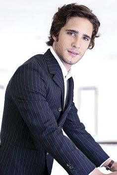 Diego Boneta | 22 Latino Actors That Should Be Taking Over Hollywood