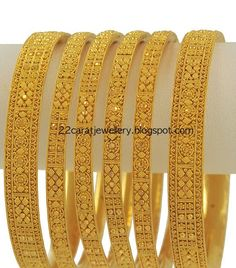 Gold Bangles Set From Meena Jewellery Latest Collection of best Indian Jewellery Designs. Jewelry Design Earrings, Gold Earrings Designs, Jewellery Designs, Indian Gold Jewellery Design, Antique Jewellery, Jewelry Patterns, Gold Ring Designs, Gold Bangles Design, Gold Mangalsutra Designs