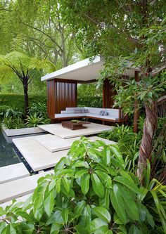 Tourism Malaysia Garden by James Wong & David Cubero - Amphibian designs - Photo by Nigel Burkitt.