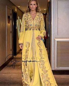 Yellow  Ft Gold 💛✨ #morocco#casablanca#rabat#fes#meknes#marrakech#tetouan#tanger#nador#dubai#abudhabi#kuwait#qatar#doha#uae#jordan#amman#bahrain#muscat#lebanon#oman#beirut#malaysia#indonesia#india#pakistan#caftan#caftaninspiration