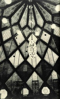 1914   Bruno Taut, Glashaus, interno