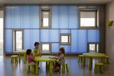 arquitectura zona cero: JUEGO DE ESCALAS / ESCUELA INFANTIL PABLO NERUDA EN ALCORCÓN DE RUEDA PIZARRO ARQUITECTOS