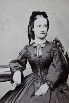 Antique Civil War Era CDV Beautiful Young Woman in Lovely Dress Boston 1860s | eBay