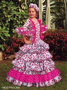 trajes-de-flamenco-niña-paulina