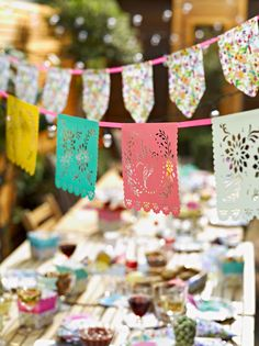 Floral Fiesta-Mexican Bunting #bbq #talkingtables #gardenparty