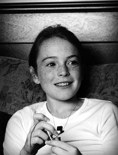 A young Lindsay Lohan - freckles Parent Trap, Mean Girls, Lindsay Lohan Young, Movies Showing, Movies And Tv Shows, Tara Reid, Popular People, Famous People, Real People