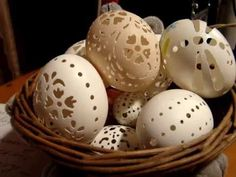 Резьба по яичной скорлупе. Мастер-класс! - YouTube Dremel, Easy Diy, Simple Diy, Eggs, Easter, Carving, Breakfast, Christmas, Youtube