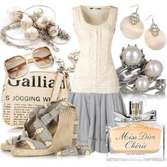 I love this look!  Too bad its getting cold outside.....