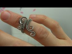 Wire Wrap Wrapped Ring Tutorial Demo (Midi, Knuckle Ring) - YouTube