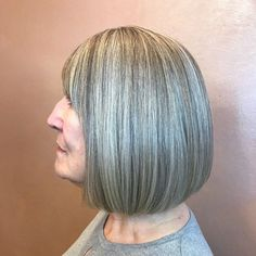 Over 60 Medium Blunt Gray Balayage Bob with Bangs Over 60 Hairstyles, Medium Bob Hairstyles, Older Women Hairstyles, Popular Hairstyles, Straight Hairstyles, Cool Hairstyles, Hairdos, Grey Hair With Bangs, Mid Length Straight Hair