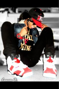 Bulls Snapback. Denim Vest. Sneakers Outfit. Swag. Dope. Urban Fashion. Urban Outfit. Hip Hop Fashion. Streetwear. Snapback Outfit